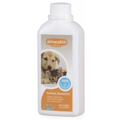 Mikroorganizmai naminių gyvūnų kvapui naikinti (250 ml)