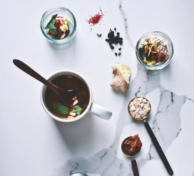 Miso sriuba puodelyje