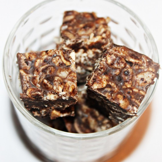 Traškūs šokoladiniai saldainiai