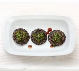 Superkąsniai – juodųjų sezamų krekeriai su arbatžolėmis